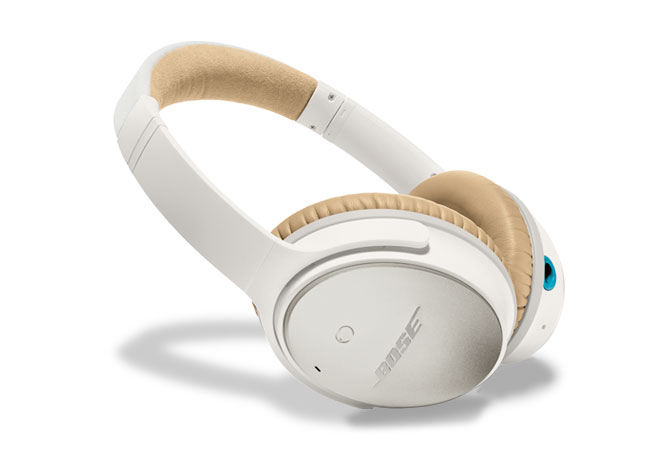 Bose® QuietComfort® 25 Acoustic Noise Cancelling® Headphones in White for Selected Apple Devices