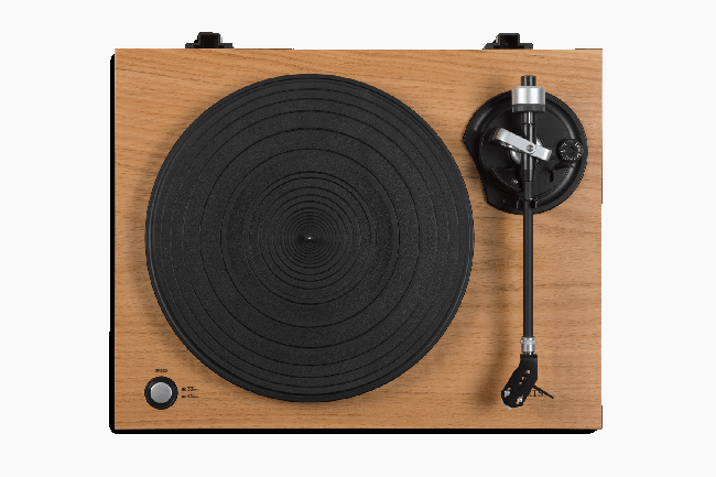 Roberts RT100 Turntable with USB Connection and Built-in Preamplifier