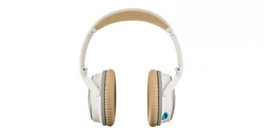 Bose QuietComfort 25 Acoustic Noise Cancelling Headphones in White for Selected Apple Devices
